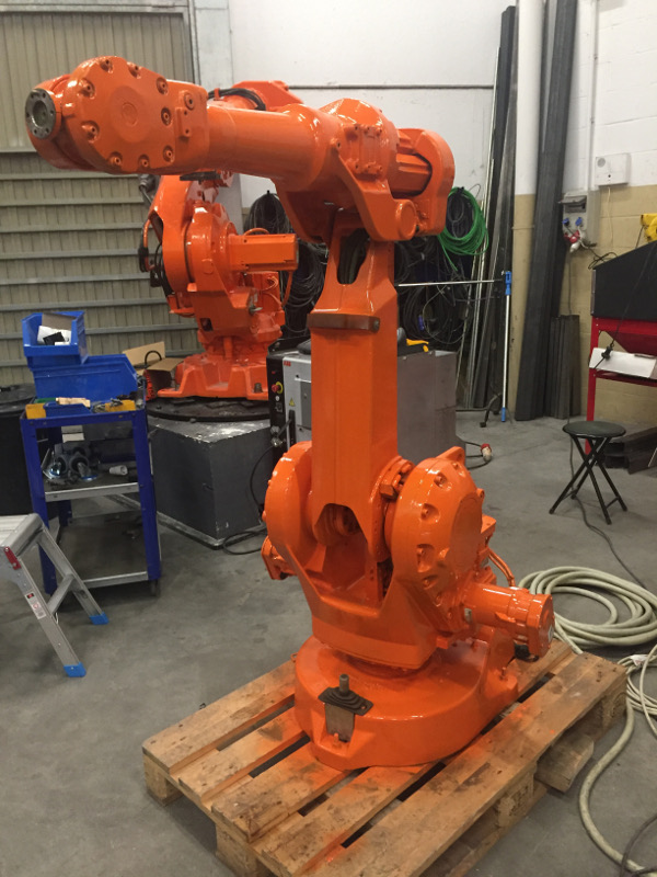 IRB 2400/10 S4CPlus M2000
