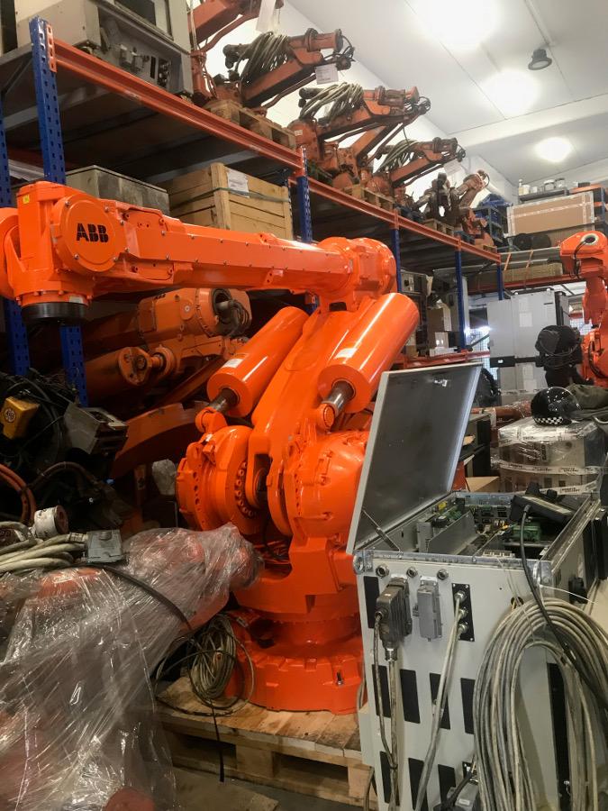 IRB 6400R S4CPlus REX 3,00 m / 100 kg